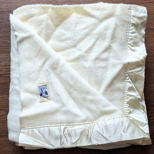 Kenwood vintage wool blanket satin trim